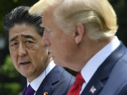 US-JAPAN-DIPLOMACY-TRUMP-ABE
