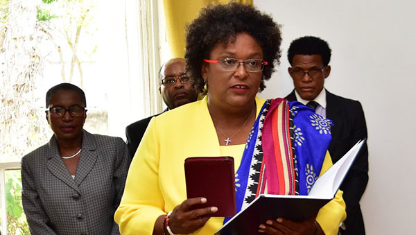 Mia-Mottley-swearing-in-ceremony