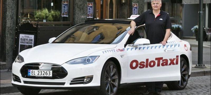tesla-model-s-taxi-in-oslo-norway-photo-andrew-henderson_100471056_l